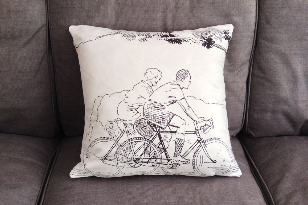 CycleMiles Black and White Vintage Bicycle Cushion