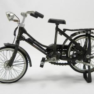 Lady's Model Bicycle Medium
