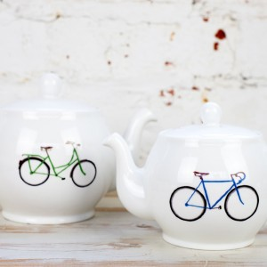 Yellowstone 4 Cup Bicycle Teapot