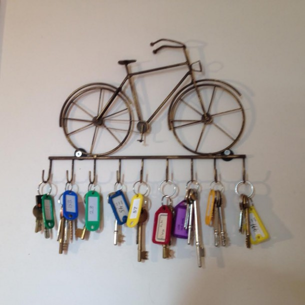richards-bicycle-key-rack