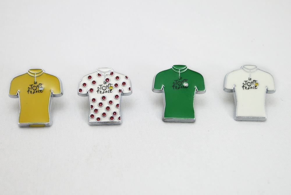 Tour de France Jersey Bicycle Badge / Pin
